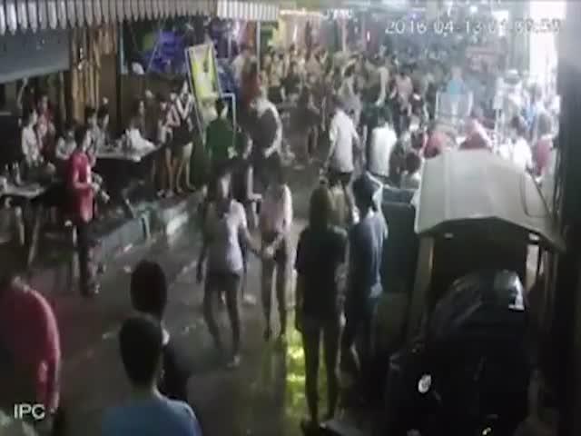 Тайцы жестоко избили британских туристов