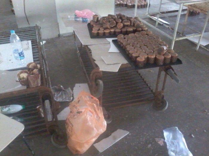 Самарский цех по производству пасхальных куличей (5 фото)