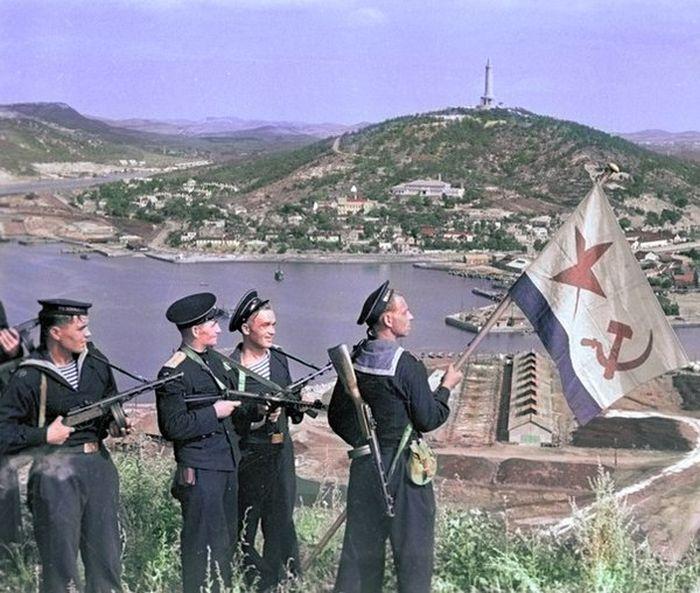 Цветные фото времен Второй мировой войны (23 фото)
