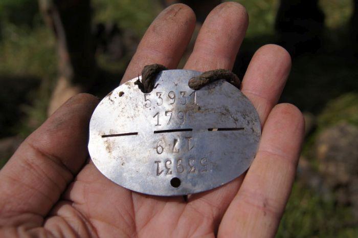 «Кубанский плацдарм» обнаружил немецкого летчика-барона, подбитого нашим Ил-2 (52 фото)