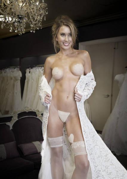 Незаметное женское белье (10 фото)