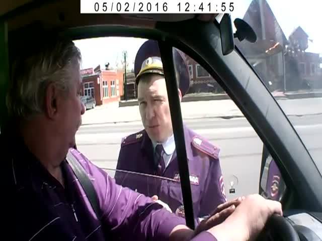 Водитель убедил инспектора ДПС в своей правоте