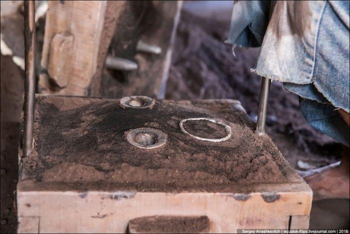 Алюминиевые изделия ремесленников Мадагаскара (21 фото)
