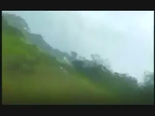 Полиция перу сбила самолет с кокаином на борту