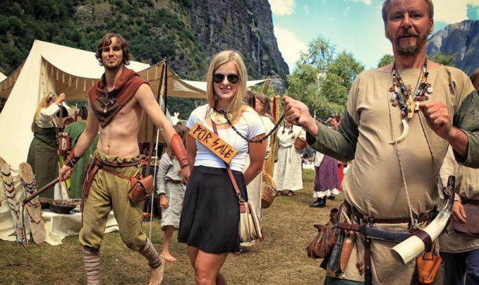 Норвежский фестиваль викингов в деревне Гудванген (28 фото)