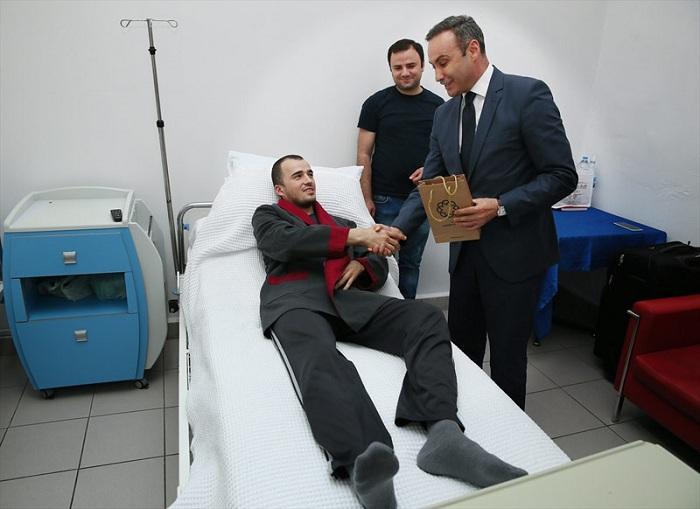iPhone спас жизнь турецкому военнослужащему (6 фото)