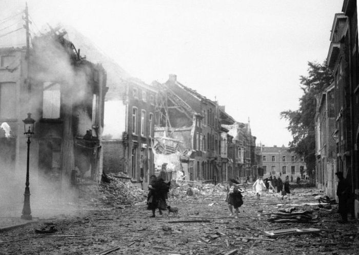 Уроки истории Второй мировой войны в бельгийских школах (2 фото + текст)