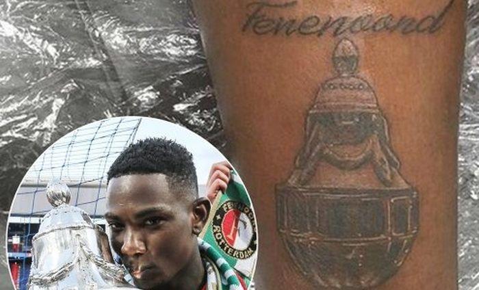 Голландский футболист допустил две ошибки в татуировке с названием своего клуба (фото)