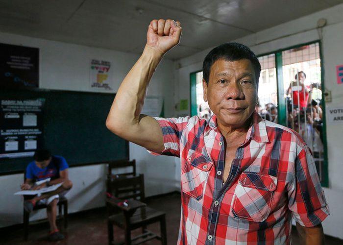 Филиппинского посла вызвали в МИД ФРГ из-за слов президента Дутерте о Гитлере
