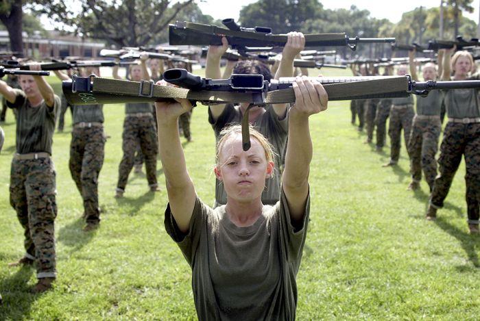 Женщины-военнослужащие в армиях разных стран мира (20 фото)