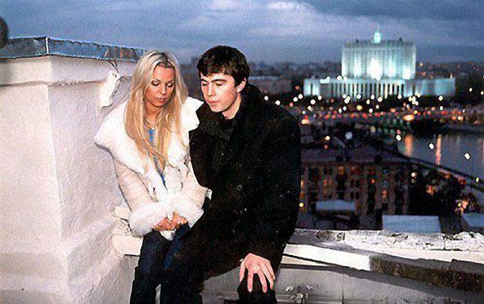 Ирина Салтыкова в 2000 году и сейчас (3 фото)
