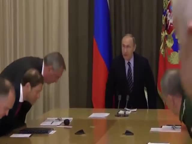 Путин сделал замечание Рогозину за небрежный внешний вид