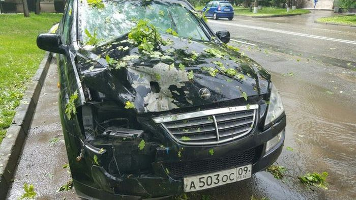 Как ставропольцы спасали свои автомобили от града (19 фото)
