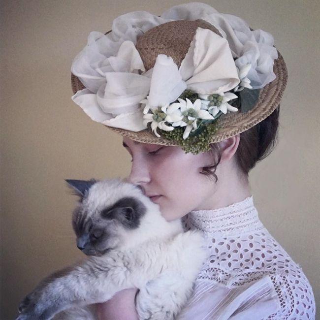 Аннелис Франсин - 17-летняя девушка, которая может превратить себя в любую красавицу прошлого (30 фото)