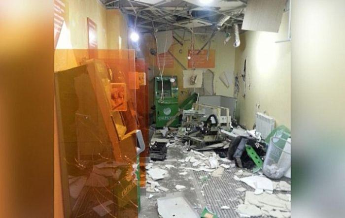 В Набережных Челнах взорвали банкомат «Сбербанка» (фото + видео)