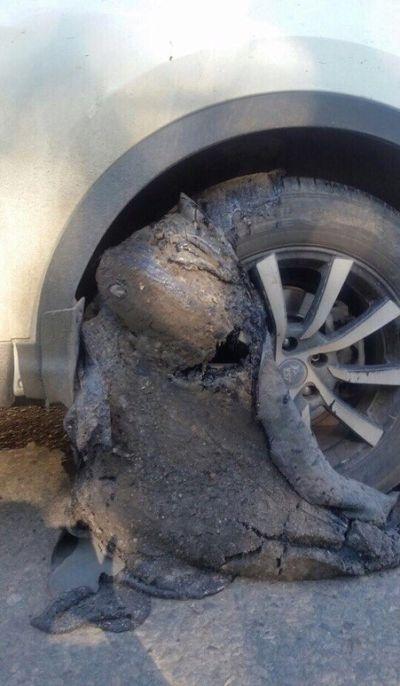 Как не нужно ремонтировать дороги (2 фото)