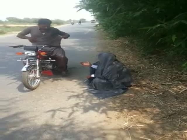 Забавное видео о том, что может произойти с вами на дорогах Индии