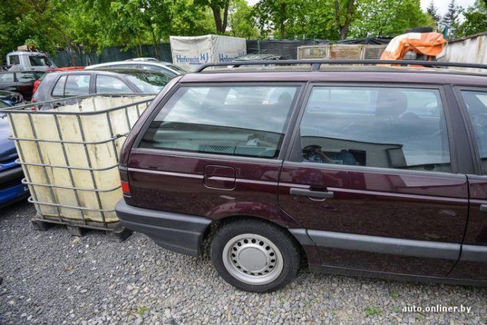 Немецкая авторазборка. Вид изнутри (21 фото)