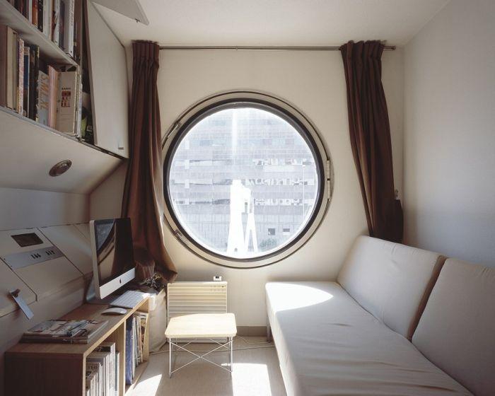 Башня-капсула «Накагин» (12 фото)