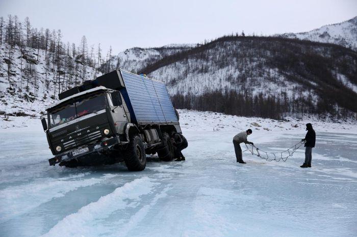 12-дневное путешествие по зимнику на север России (31 фото)