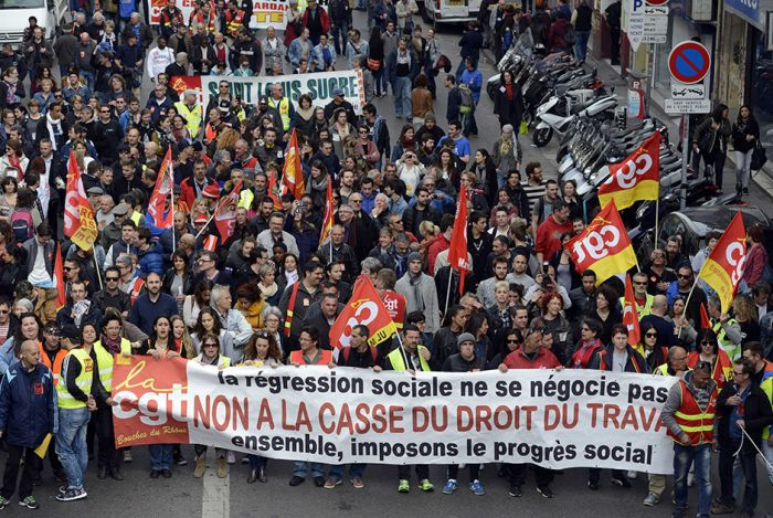 Как французы протестуют против трудовой реформы (18 фото)