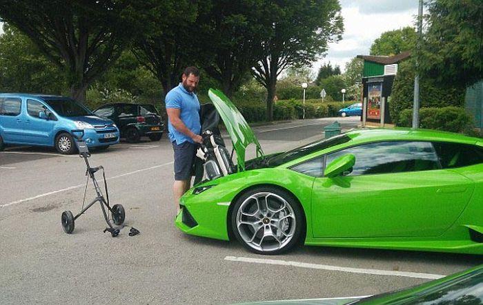 Непрактичный суперкар Lamborghini Huracan (8 фото)
