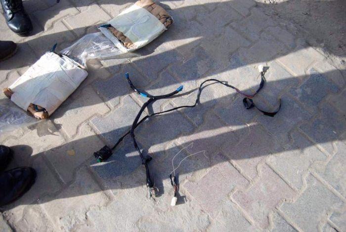 В Багдаде задержали террориста с муляжом взрывного устройства (8 фото)
