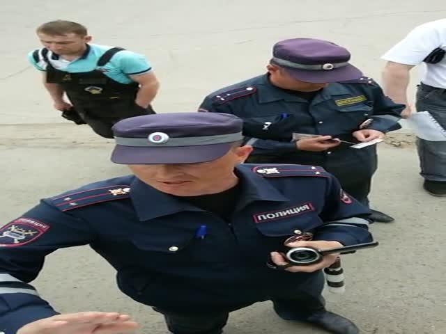 Диалог с полицейскими не удался