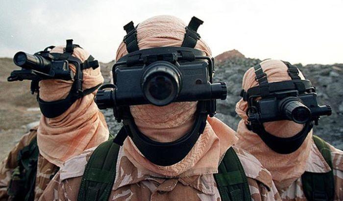 Современная экипировка солдат, делающая их похожими на пришельцев из будущего (20 фото)