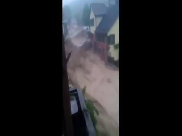 3 человека погибли в Германии в результате сильного наводнения