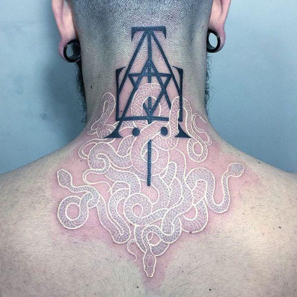 Черно-белые татуировки со змеями от Мирко Саты (9 фото)