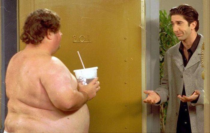 Американский журналист в течение года искал актера, сыгравшего «уродливого голого мужика» в сериале «Друзья» (5 фото)