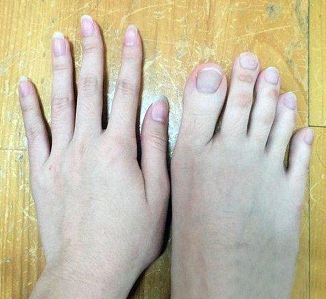 Студентка из Тайваня удивила пользователей сети фотографией своих пальцев но (5 фото)