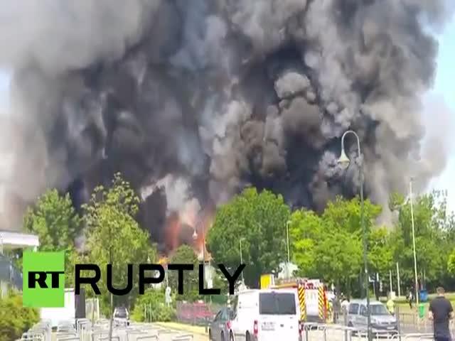 Пожар в центре размещения беженцев в Дюссельдорфе