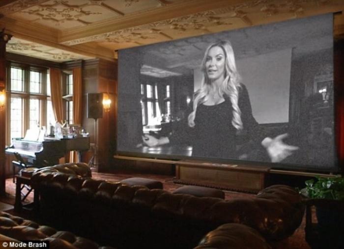 Экскурсия по особняку Playboy с супругой Хью Хефнера Кристал (19 фото)