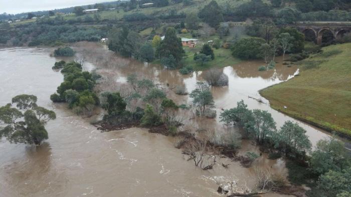 Сильнейшее наводнение в Тасмании (10 фото + видео)