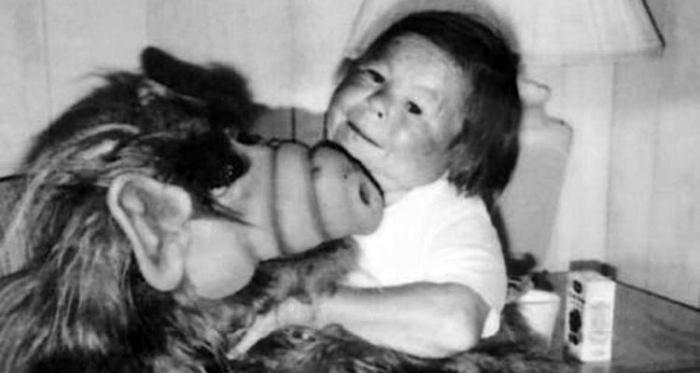 Актер Михай Месарош, исполнявший роль инопланетянина Альфа, скончался в возрасте 76 лет (5 фото)