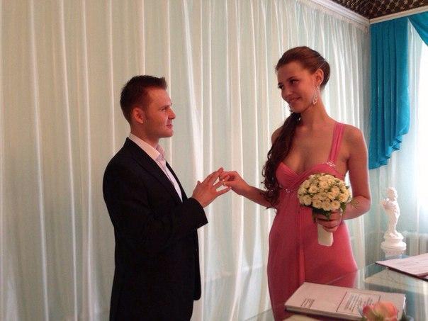 Странное свадебное платье (3 фото)
