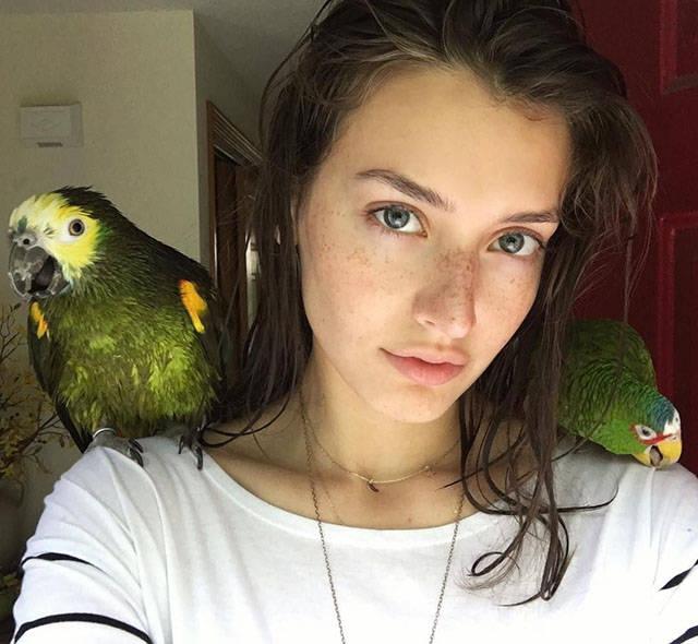 Девушки с естественной красотой (48 фото)