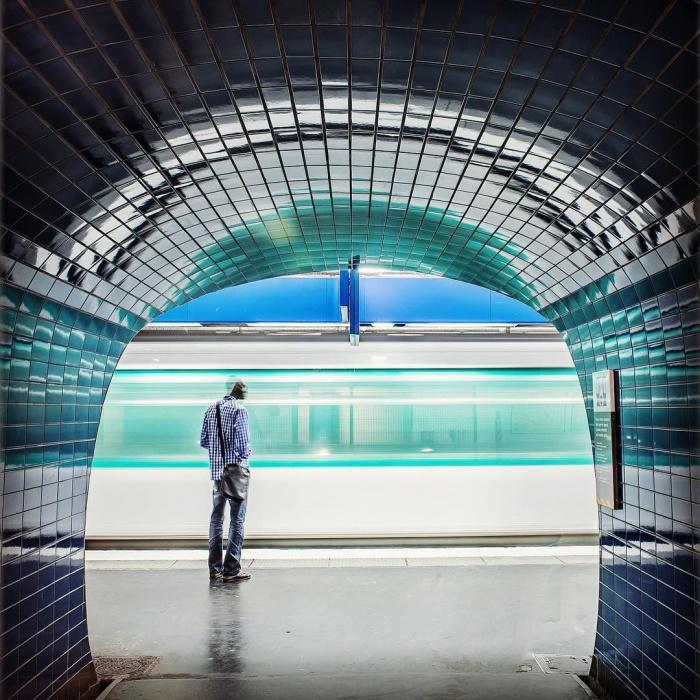 Необычный инстаграм-аккаунт парижского метро (9 фото)