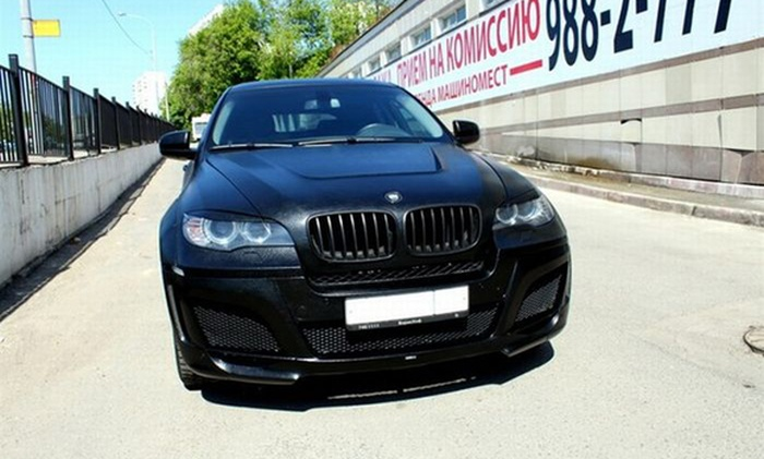 В Москве у безработного таджика угнали BMW за 2,5 миллиона рублей (2 фото)