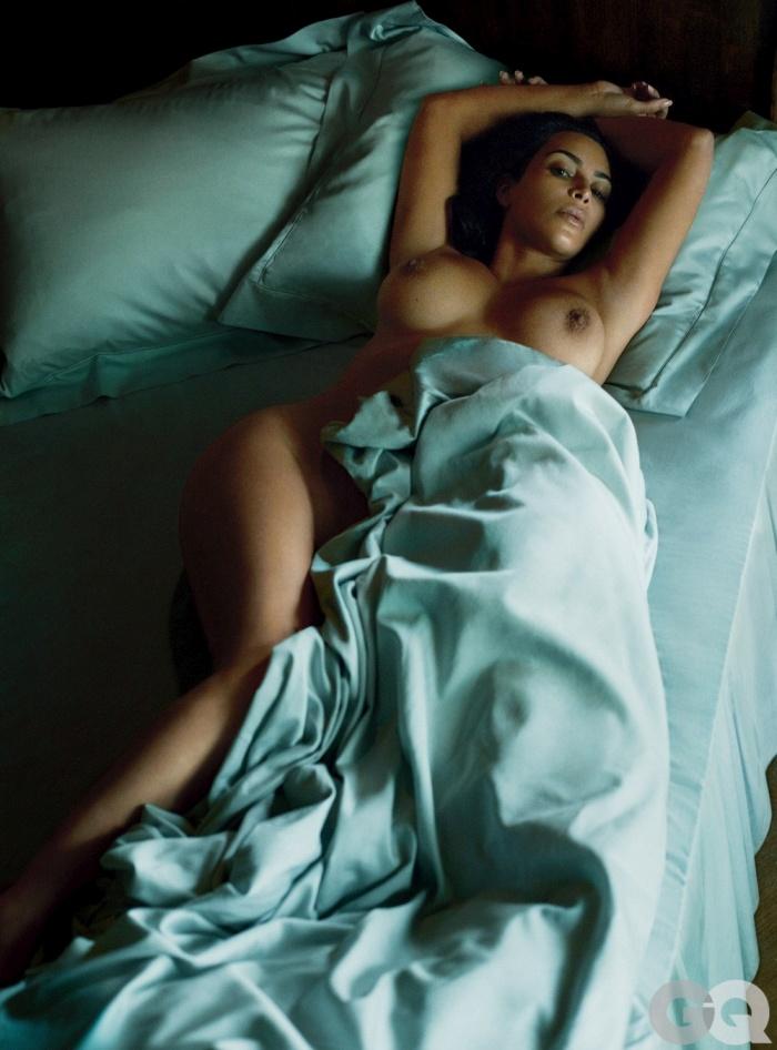 Ким Кардашян обнажилась для мужского журнала GQ (10 фото)