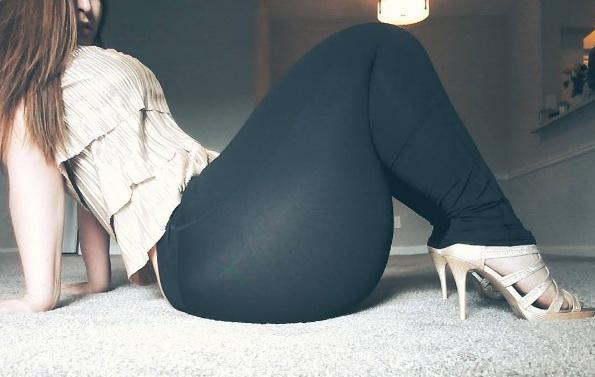 Девушка со 180-сантиметровыми бедрами стала звездой соцсетей (7 фото)