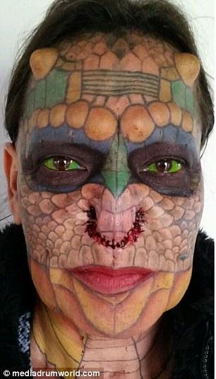 Бывший сотрудник банка сменил пол и превратился в дракона (11 фото)