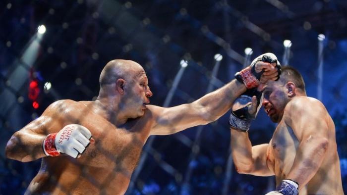 Федор Емельяненко одержал тяжелую победу над Фабио Мальдонадо (8 фото)