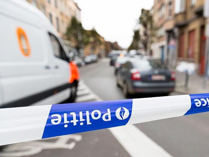 В Брюсселе задержаны двое мужчин с поясами смертников (4 фото)
