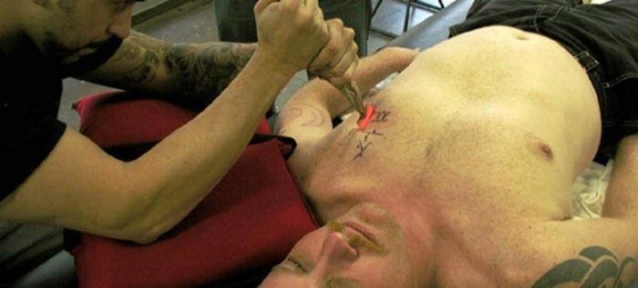10 невероятных модификаций человеческого тела (11 фото)