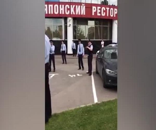 Задержание агрессивного мужчины с ножом в Москве