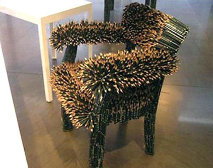 Странные дизайнерские кресла и стулья (21 фото)