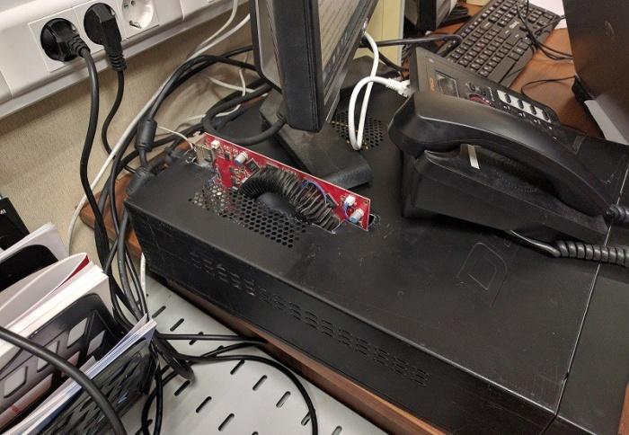 Ремонт компьютера из рубрики «и так сойдет» (3 фото)